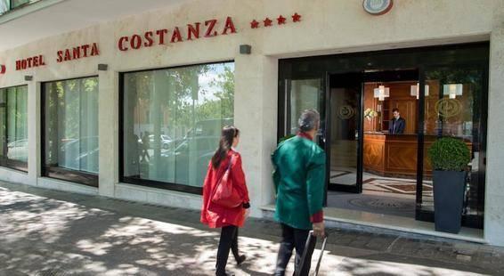 Santa Costanza Hotel