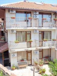 Kirios Hotel 3*