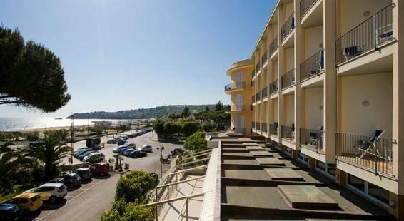 Serapo Hotel