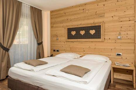 Garni Lastei Hotel
