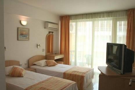 Alciona Beach Hotel