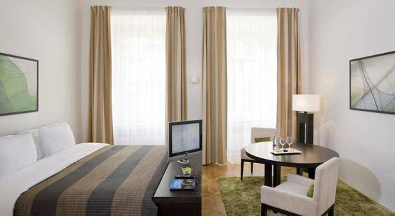 Barcelo Old Town Hotel