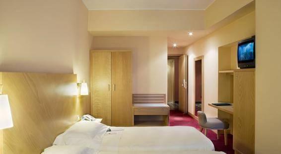 Una Hotel Tocq