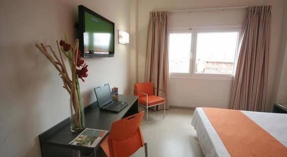 H2 Rubi Hotel