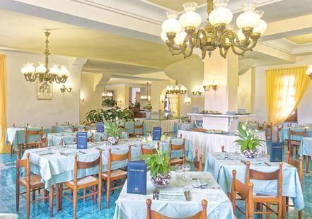 Zaro Hotel