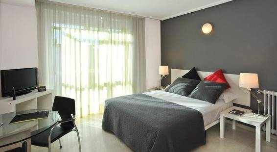 Aparthotel Sercotel Togumar