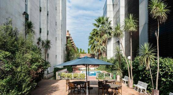 Catalonia Bristol Hotel
