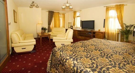 Ruze Hotel