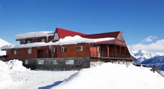 Gudauri Hut Hotel
