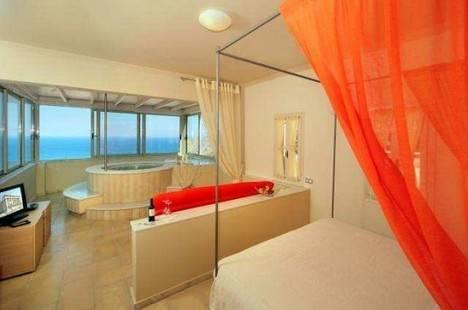 Antinea Suites & Spa