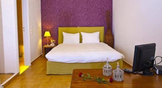 Manos Small World Hotel