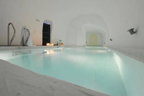 Santorini Reflexions Volcano Hotel