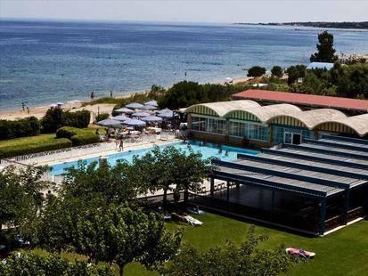 Golden Coast Hotel