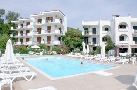 Korali Hotel Studio Apartments