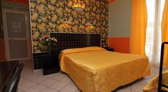 Esperia Hotel
