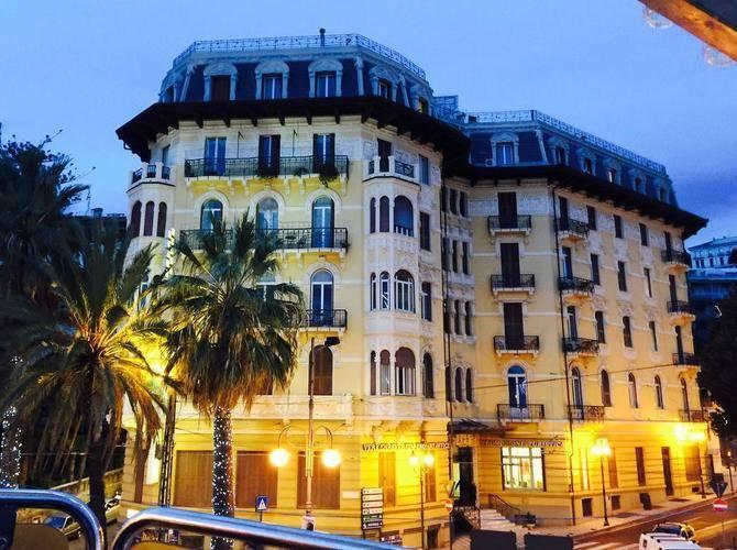 Lolli Palace Hotel