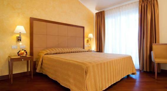 Versilia Palace Hotel