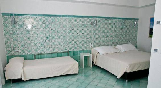 Ganimede Hotel