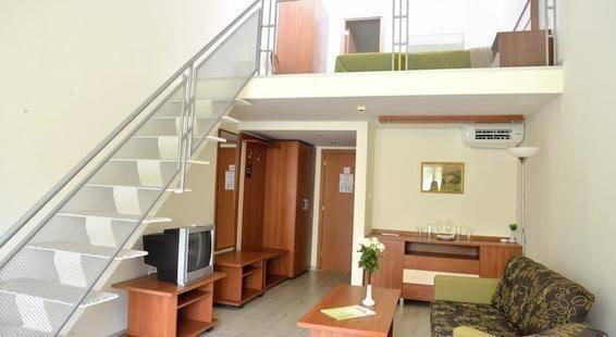 Glicinia Hotel