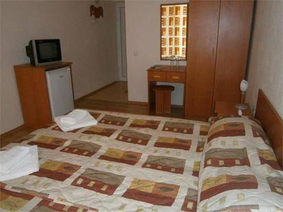 Central Kranevo Hotel