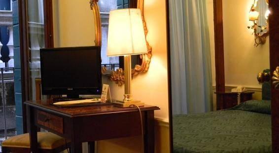 Pantalon Hotel