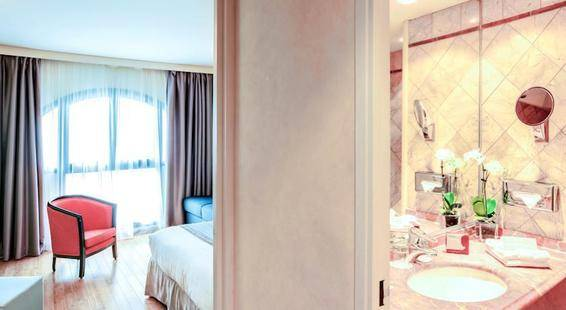 Nice Riviera Hotel