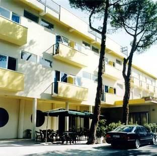 New Primula Hotel