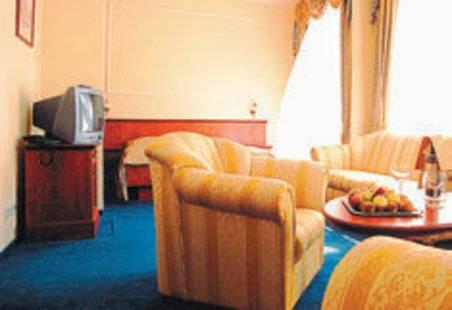Cajkovskij Hotel