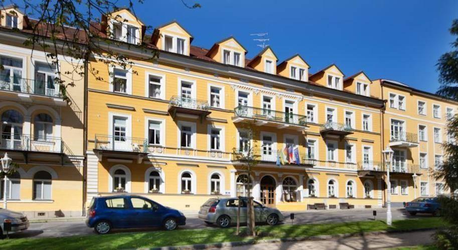 Dr. Adler Hotel