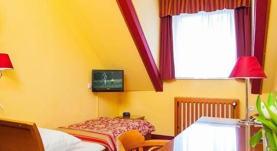 Cloister Inn Hotel