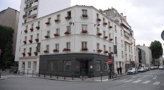 Eiffel Saint Charles Hotel