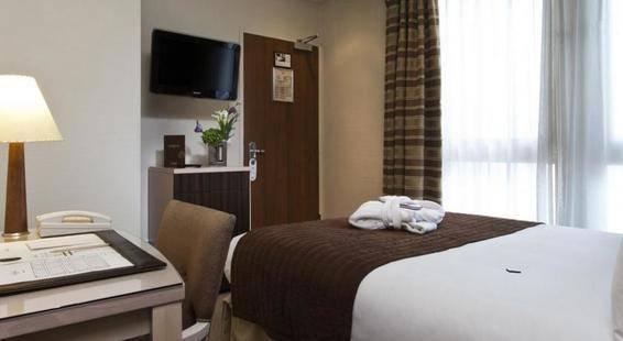 Le Pera Hotel