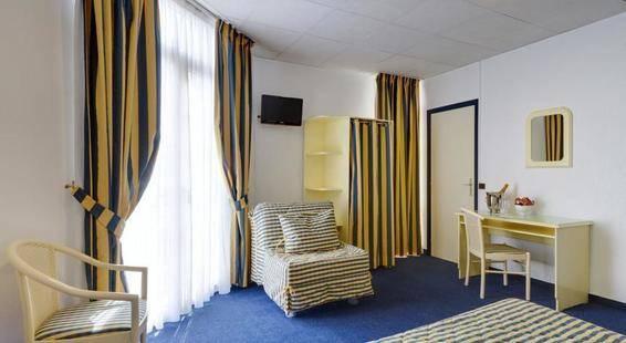 Lausanne Hotel