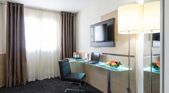 Apogia Hotel