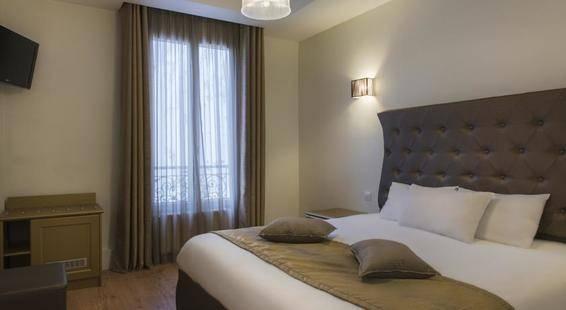 Mirific Hotel