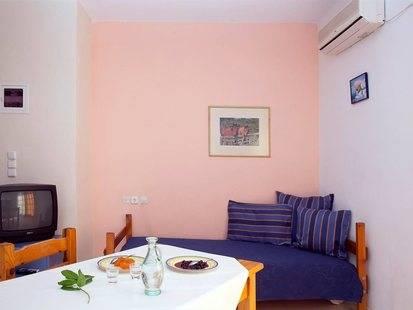 Chrysa Apartments Hotel