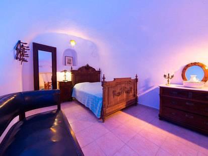 Canava Santino Hotel