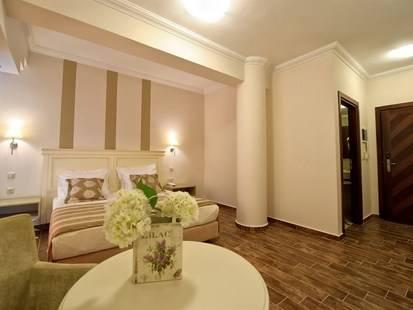 Enastron Hotel