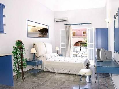 Mary Studios & Apartments