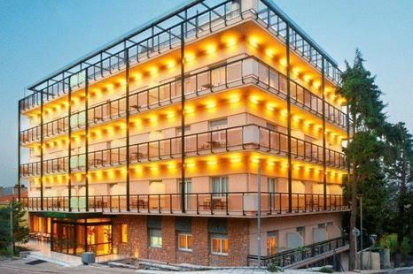 Pefka Hotel