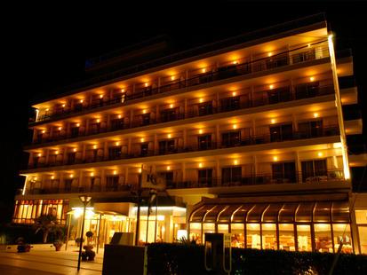 Santa Hotel