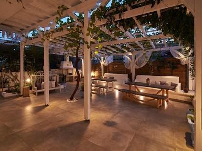 Villa Maria Studios & Apartments