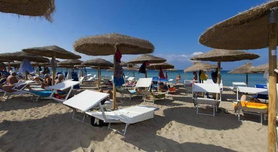 Delfino Beach Hotel