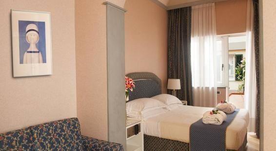 Rivoli Hotel