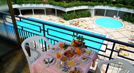 Residence Hotel Holiday