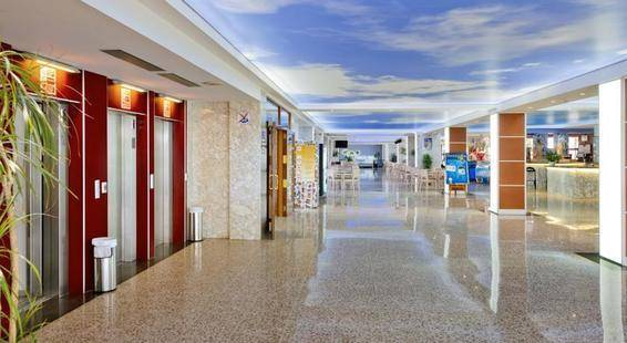 Ght Oasis Park Suites Hotel