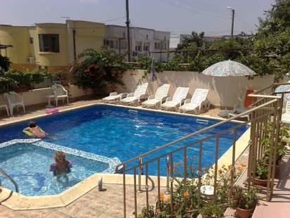Hotel Larisa 1 & 2