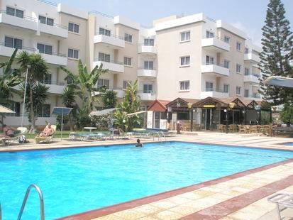 Debbiexenia Hotel Apts