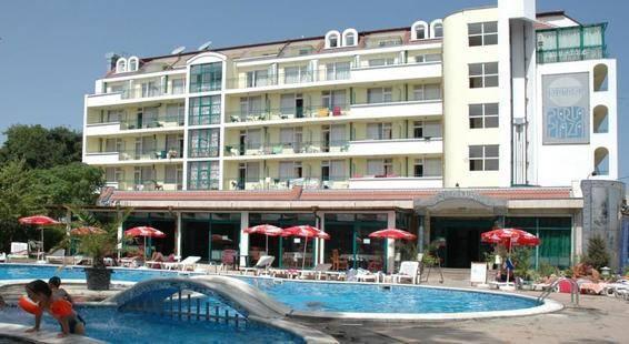 Perla Plaza Hotel