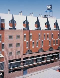 Nh Cristal Hotel